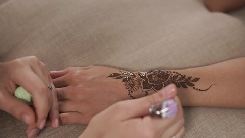Henna Mehndi Stock Video Footage 4k And Hd Video Clips Shutterstock