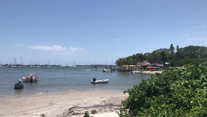 Sarasota Bay, Florida