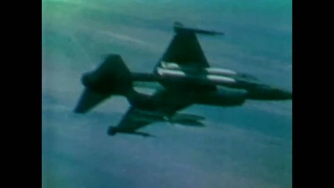 CIRCA 1977 - The maneuverability of F-16s is shown.