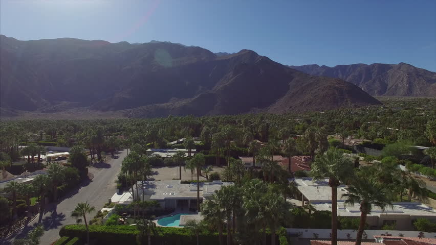 Palm Springs with mountains