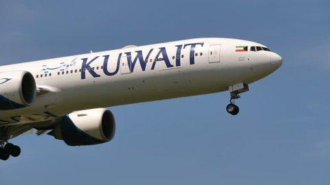 KUWAIT AIRWAYS BOEING 777-369(ER) 9K-AOI at HEATHROW AIRPORT ENGLAND - June 7, 2018