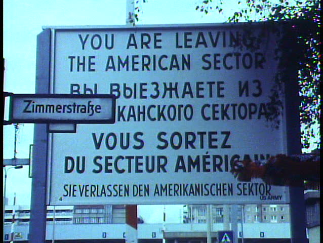WEST BERLIN, WEST GERMANY, 1988, The Berlin Wall, sign, Leaving American Zone