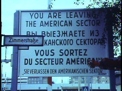 WEST BERLIN, WEST GERMANY, 1988, The Berlin Wall, sign, Leaving American Zone