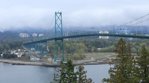 Timelapse Traffic on Lions Gate Bridge in Vancouver, Canada 4K