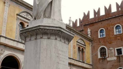 Piazza Dante, a statue representing the famous writer Dante Alighieri, the most important work of the writer is the Divine Comedy
