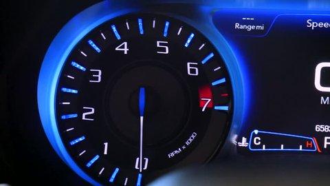 Tachometer Revving  Car Tachometer Arrow Stockvideos