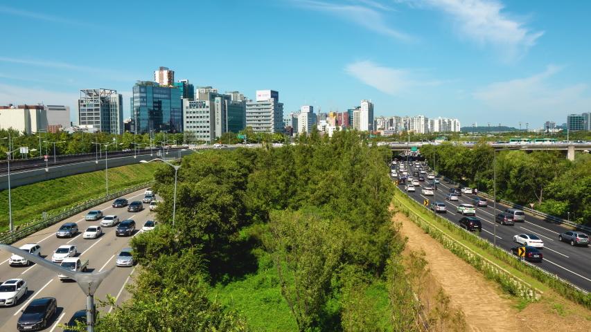 Time lapse shot of traffic expressway beneath Saetgang bridge Yeouido in Seoul City, South Korea   Shutterstock HD Video #1038171764