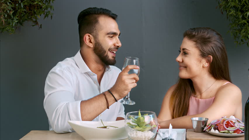 Pictures Of Romantic Couples Dating Anniversary