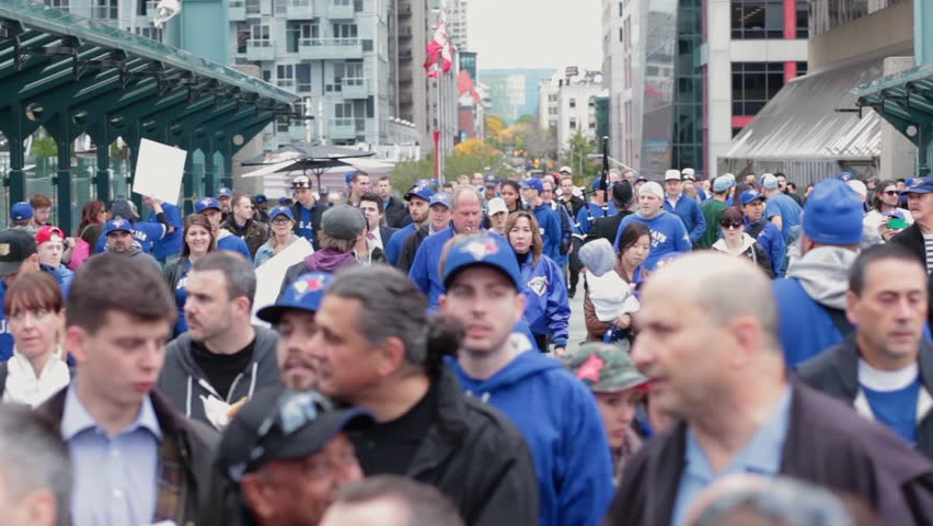 Long shot massive toronto blue jays fans crowd at - OCTOBER 14TH, 2015 - Toronto World Series Playoffs Game 5 vs Texas Rangers Rogers Centre