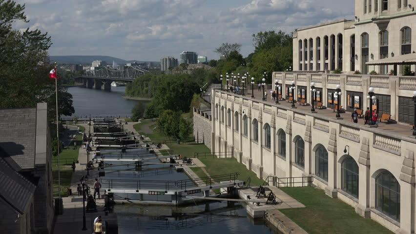 OTTAWA, ONTARIO/CANADA - SEPTEMBER 11, 2015: Lock At Rideau Canal ...