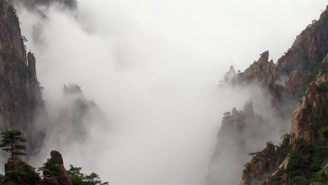Amazing time-lapse scene of Mist moving in the most famous mountain in China, Mount Huangshan