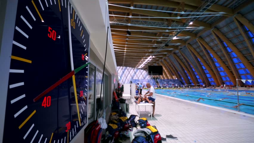 KAZAN, RUSSIA   27 JULY 2015: Athletes Swimmers Live Training, View Of A
