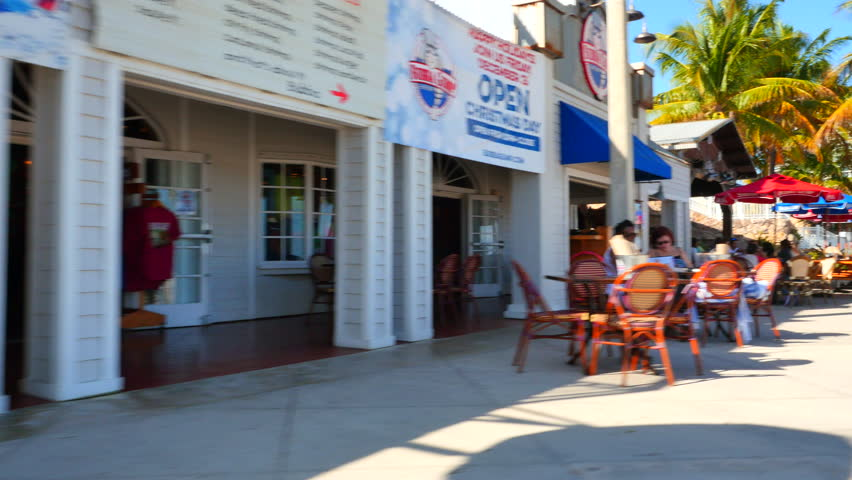 fort lauderdale december 20 tourists dining and shopping at restaurants and shops along ft - Blue Restaurant 2015