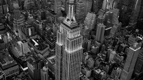 NEW YORK CITY - CIRCA NOV 2015 - black and white background of the empire state building