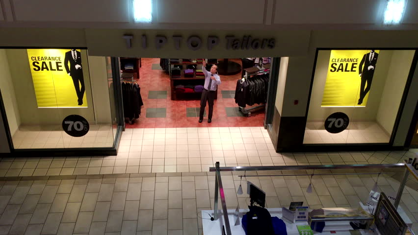 Coquitlam, BC, Canada - January 08, 2016 : Store closing down at night inside Coquitlam center mall with 4k resolution