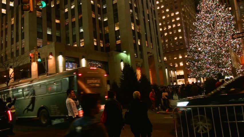 NEW YORK - FEBRUARY 2 2015 A Panning Video of The Christmas Tree in & NEW YORK - FEBRUARY 2 2015: A Panning Video Of The Christmas Tree ... azcodes.com