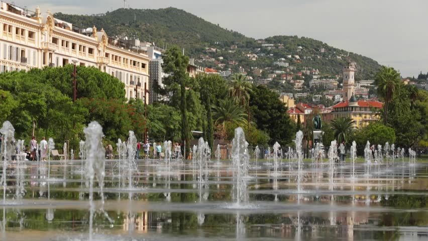 France nice 15 09 2015 mirror in water place massena avenue jean medecin fontaine on place - Place massena nice ...