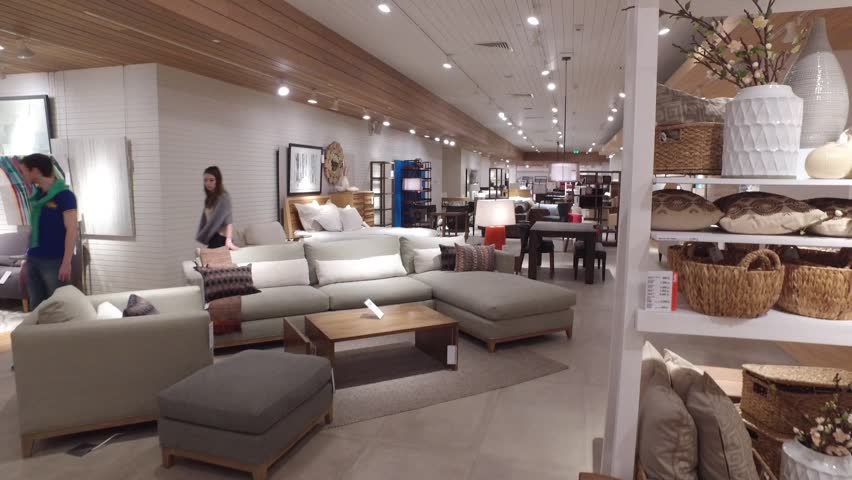 MOSCOW, RUSSIA   MARCH 06, 2016: Buyers In Furniture And Home Decor Store