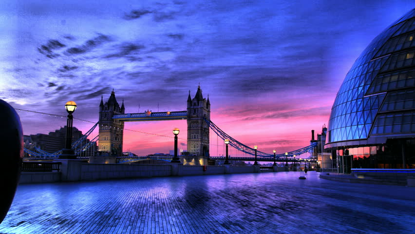 A HDR Tracking Timelapse of Tower Bridge and the Mayor's office, London, Sunrise