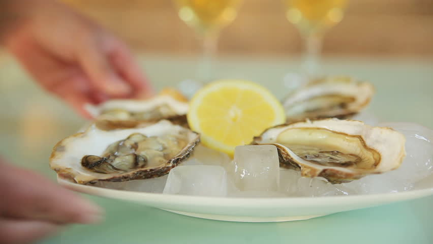 oysters with white wine. feed meals