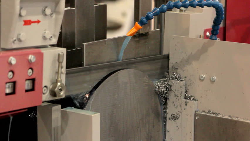 Cutting of metal by automation device