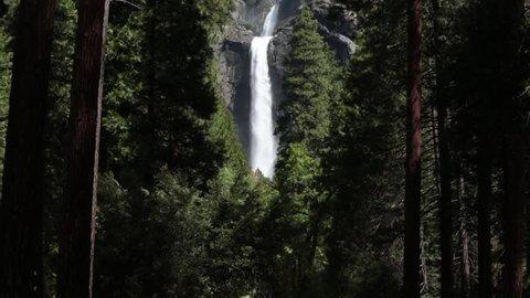 Waterfall Lower and Upper Yosemite Falls in Yosemite National Park, California