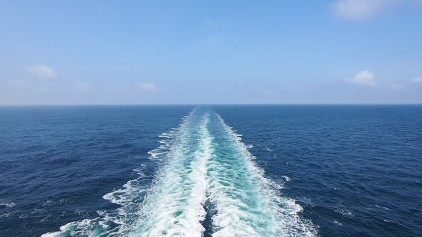 Sailing Cruise Ship Track With Calm Sea And Clear Sky At The - Cruise ship locater