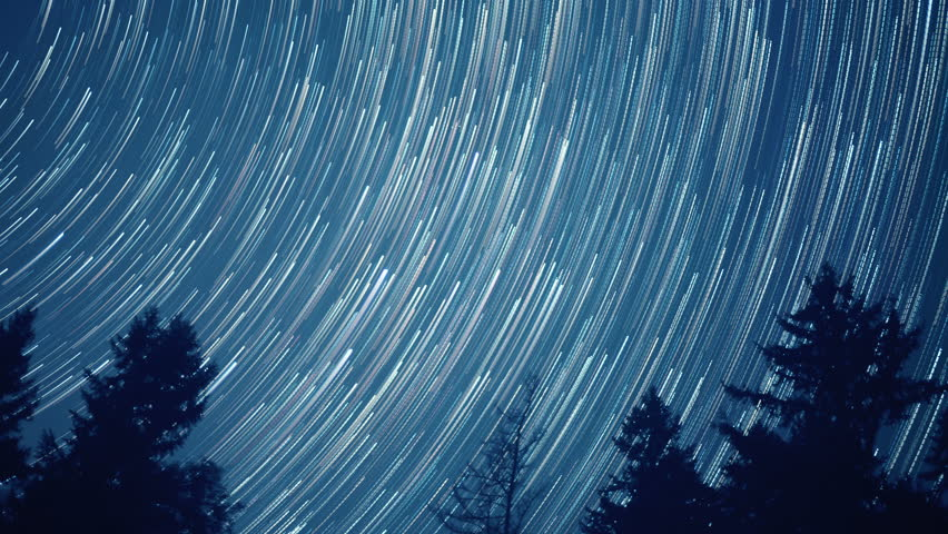 Star Trails Time Lapse of the Milky Way Galaxy