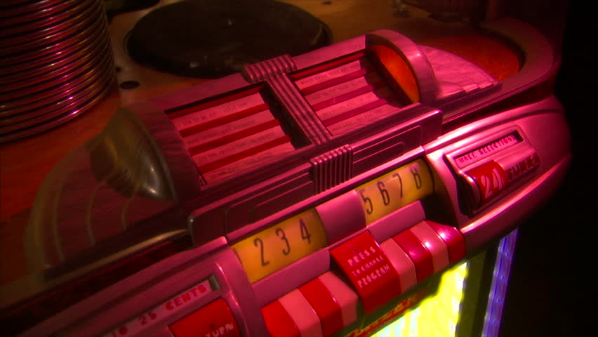 vintage jukebox-wurlitzer-78rpm record starts-tilt