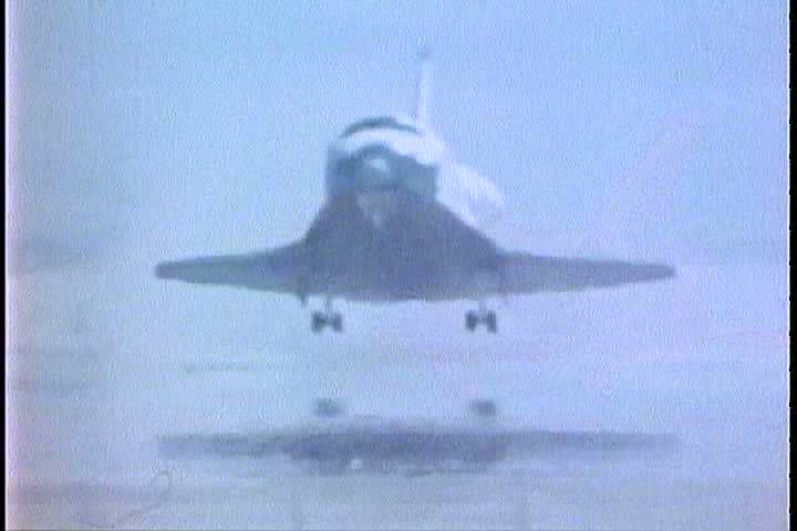 Sd0113Touching Down At Dryden Research Center In California Space Shuttle Columbia Ends Its First Mission 1981 1980s
