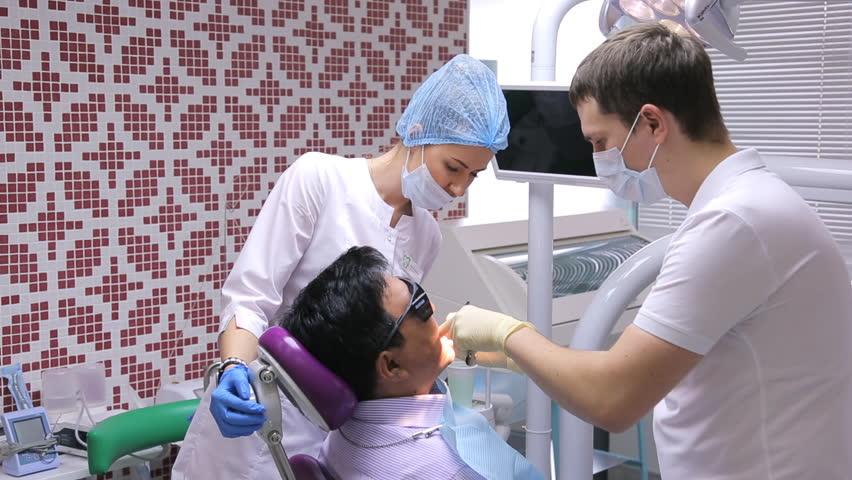 dental nurse dating patient