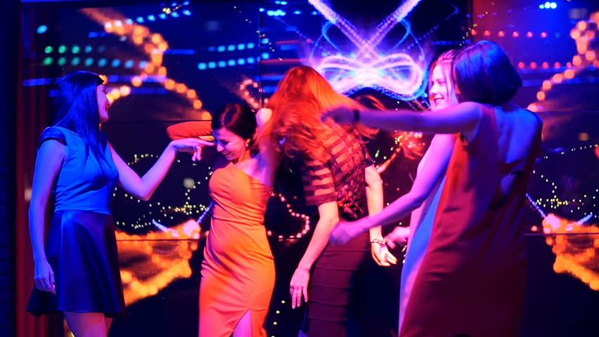 Bailando en table dance - 4 8