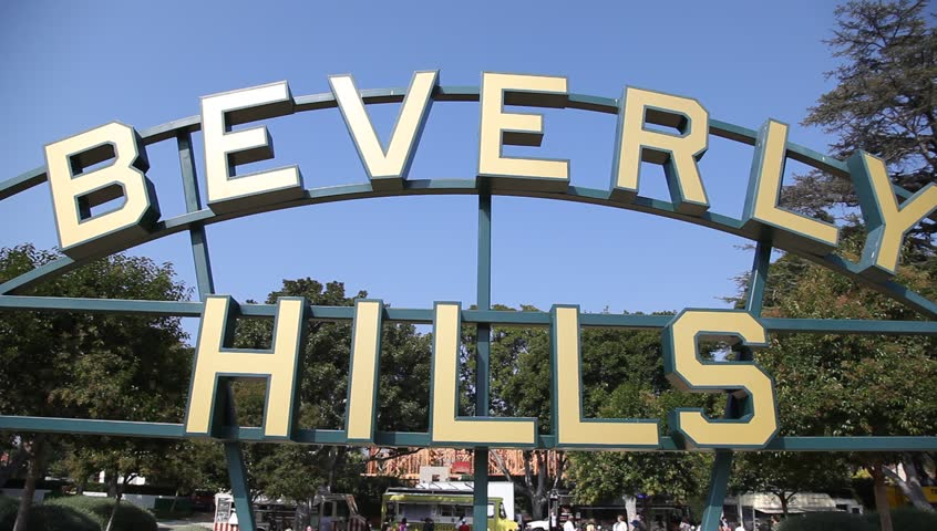BEVERLY HILLS - OCTOBER 14: Beverly Hills Sign on October 14, 2011 in Beverly Hills, California.