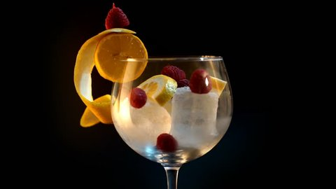 Serving a Gin & Tonic