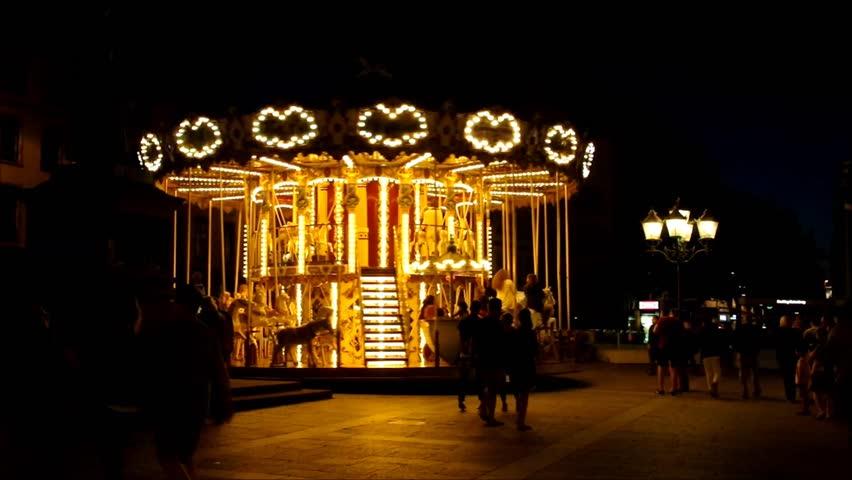 Header of carrousel