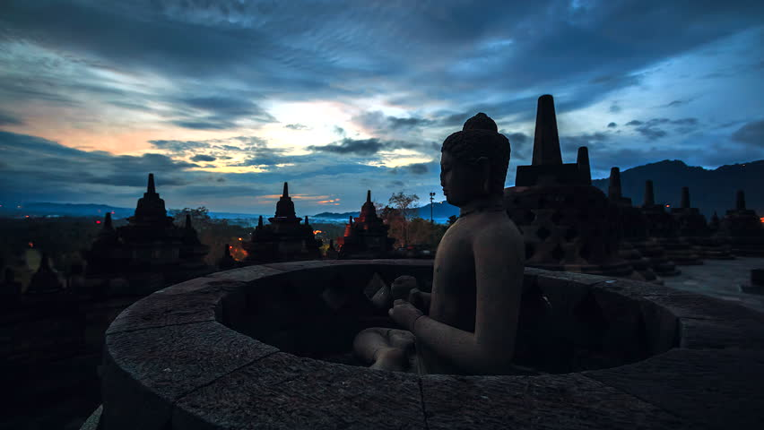 Time lapse Sun rise at Borobudur Buddha Statue in Indonesia