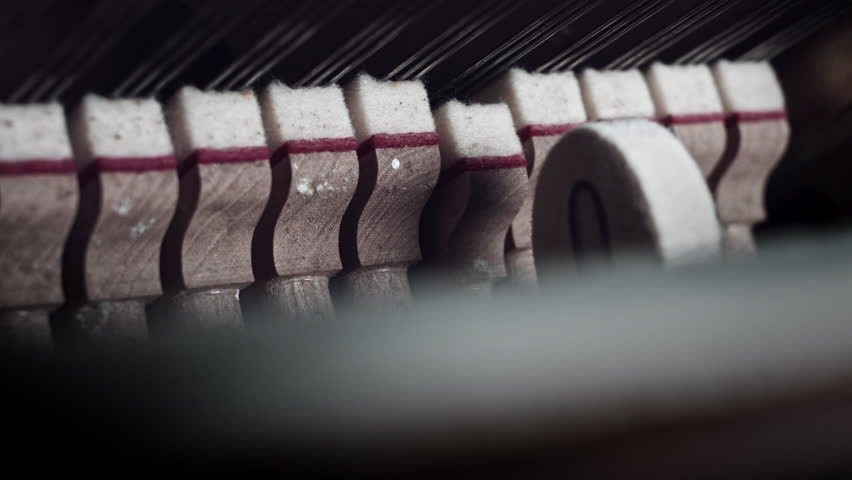 4k Close-up Piano Anatomy, Hammers Clapping on Strings