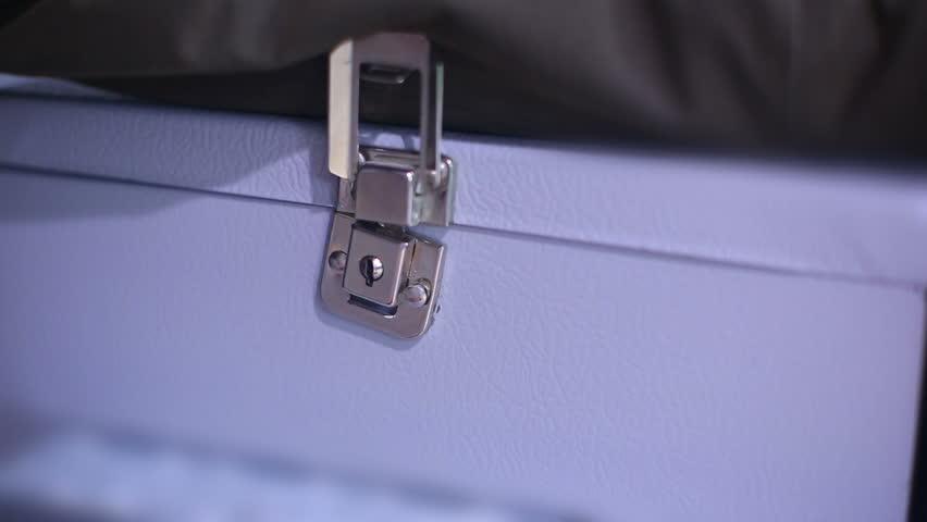 Header of lockbox