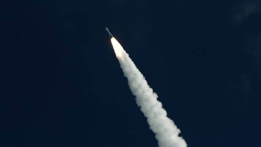 Rocket launch from Kennedy Space Center in Florida \xE4\xF3\xEE super slow motion - dark blue sky