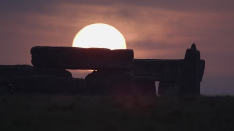 Genuine Stonehenge Early Morning sunrise Time lapse sourced from red epic