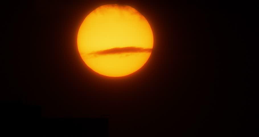 Atlanta Sunset Time Lapse. - 4K stock video clip & Atlanta Sun Time Lapse Shot With A Solar Filter Stock Footage ... azcodes.com