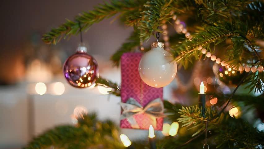 Christmas Tree Clips