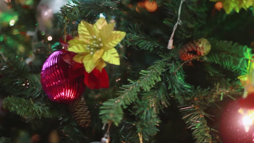 hd00 19ornaments and balls on a christmas tree 1920x1080