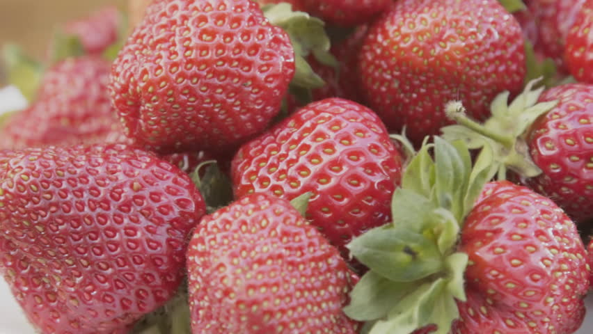 A plate of strawberry close-up | Shutterstock HD Video #31156624