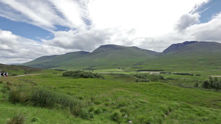 Development of lichenometric dating curves for highland scotland