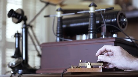 1912 spark gap transmitter being used