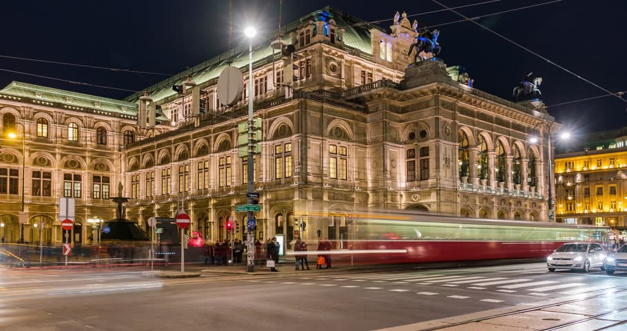 Vienna Opera House Traffic lights time lapse at night