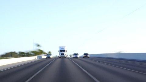 Traffic: Semi Truck