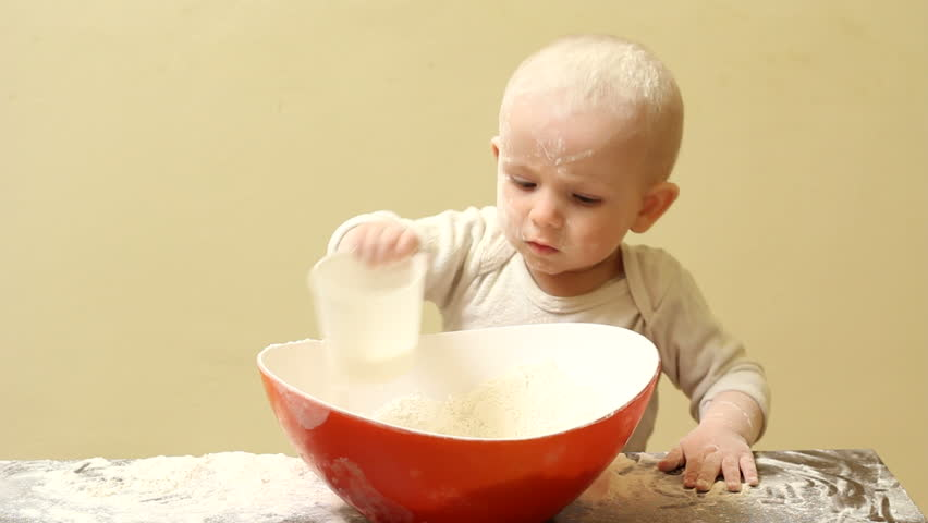 сделать торт из памперсов своими руками для мальчика фото