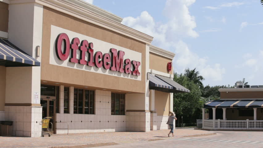 HALLANDALE   SEPTEMBER 26: Office Max Is An American Office Supplies  Retailer Founded In 1988